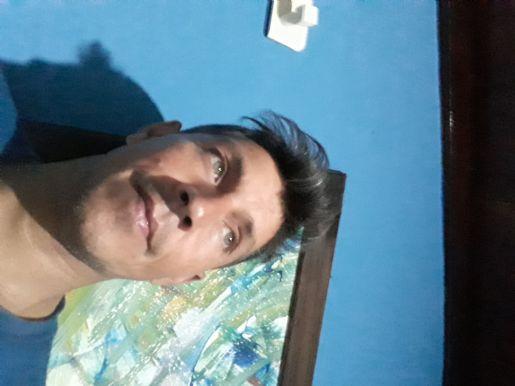 Luis, Hombre de González Catán buscando conocer gente