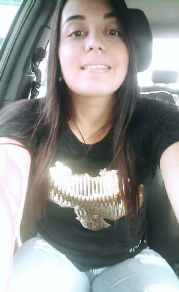 Yasmin, Chica de San Carlos de Bolivar buscando amigos