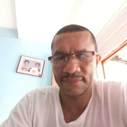 Ricardo gonsales, Hombre de  buscando pareja