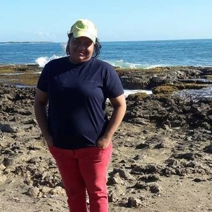 Silvia, Mujer de Barinas buscando una cita ciegas