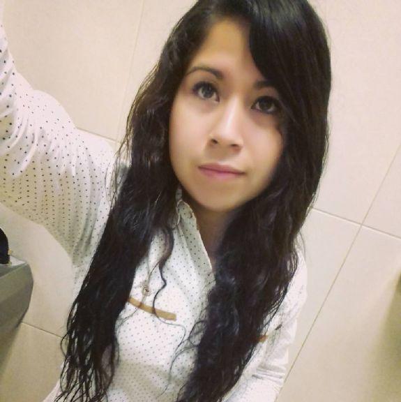 Samanta , Chica de Ciudad Vieja buscando una cita ciegas