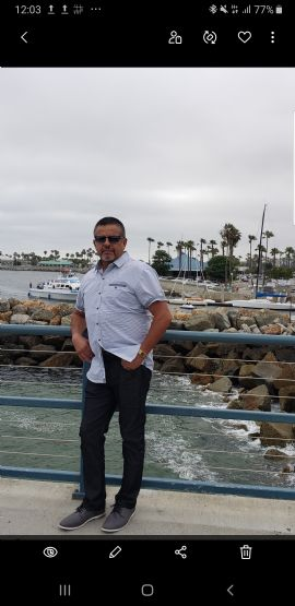 Juan, Hombre de Burbank buscando pareja