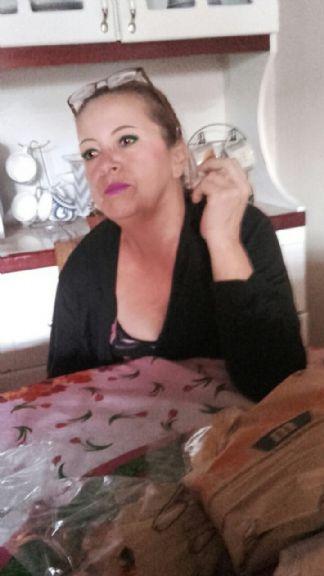 Maria lorena brenes , Mujer de San José buscando conocer gente