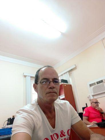 Hector medina, Hombre de La Habana buscando pareja
