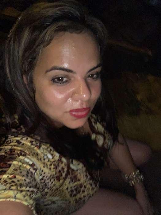 Jaly, Mujer de West Perrine buscando amigos