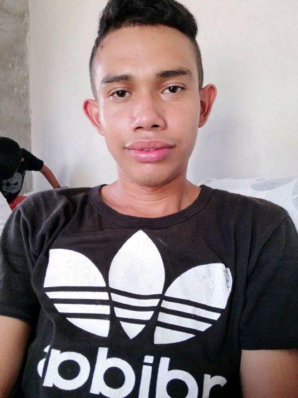 Franyu, Chico de San Pedro Sula buscando una cita ciegas
