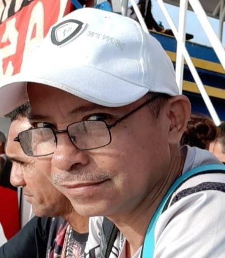 Leafar, Hombre de Puntarenas buscando una cita ciegas