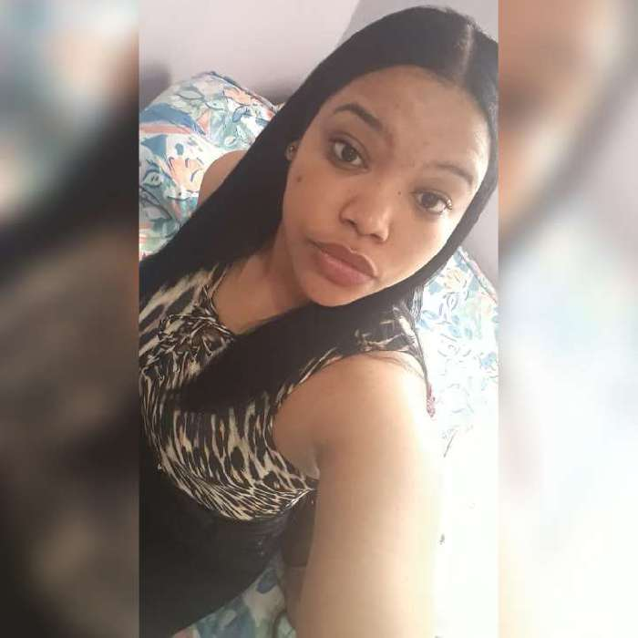 Yubelqui nova, Chica de Los Girasoles buscando pareja