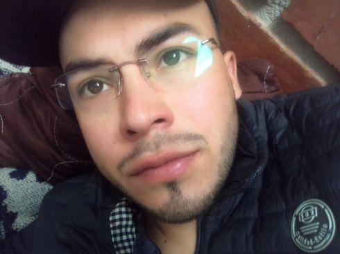 Andrés , Chico de Pasto buscando conocer gente