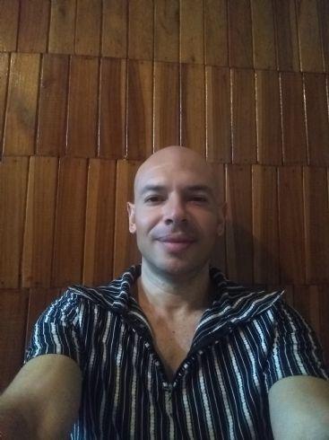 Luis paulino, Hombre de San José buscando amigos
