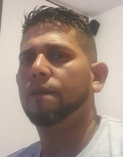 Luis cuadrado, Hombre de Reus buscando conocer gente