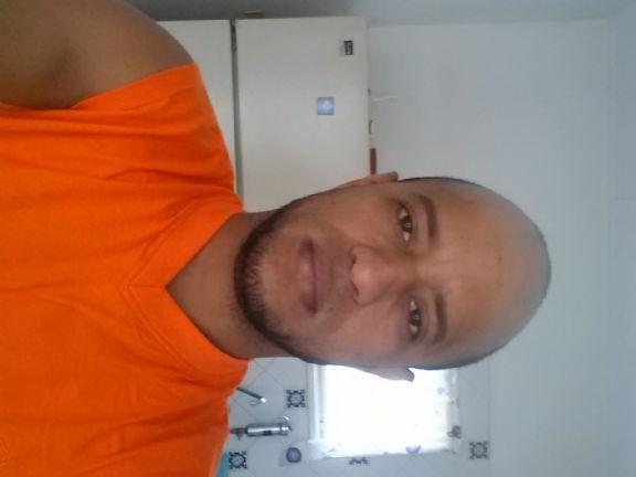 Carlos jesus, Hombre de Punto Fijo buscando conocer gente