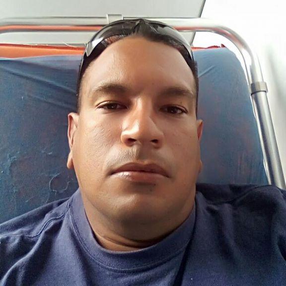 Ronald, Hombre de Caracas buscando amigos