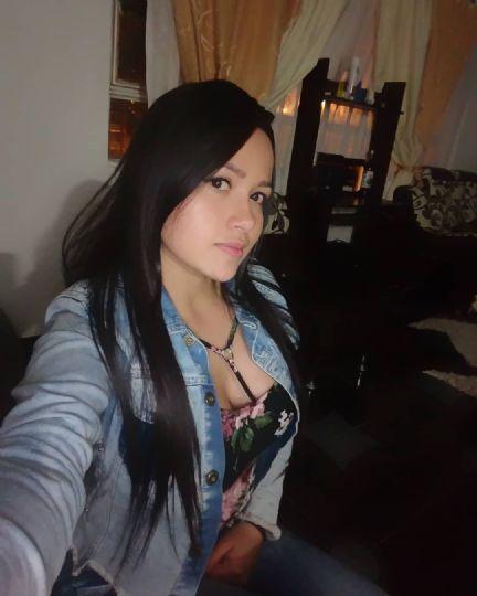 Daniela, Chica de Santiago buscando conocer gente