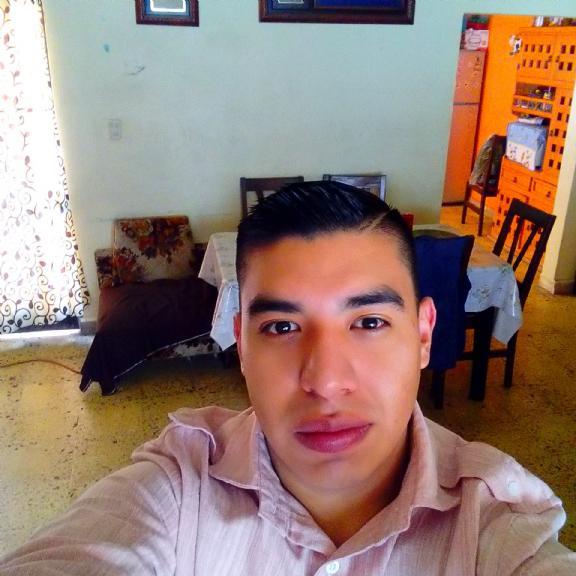 Martin, Chico de Ciudad de México buscando una cita ciegas