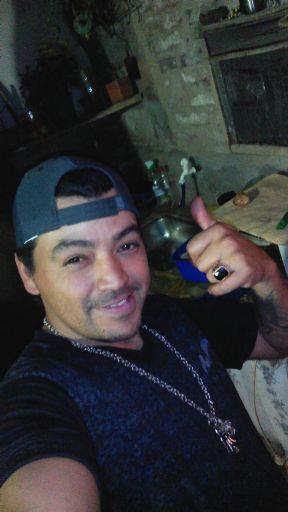Davirko, Hombre de Paraná buscando una cita ciegas