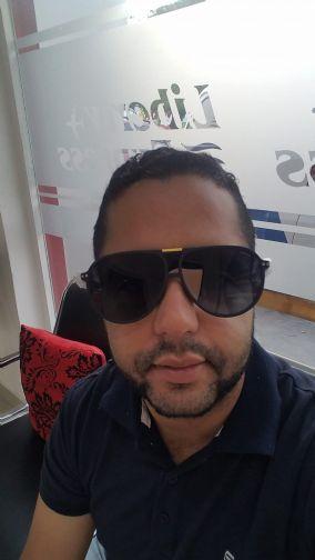 Jorge, Hombre de Santo Domingo buscando amigos