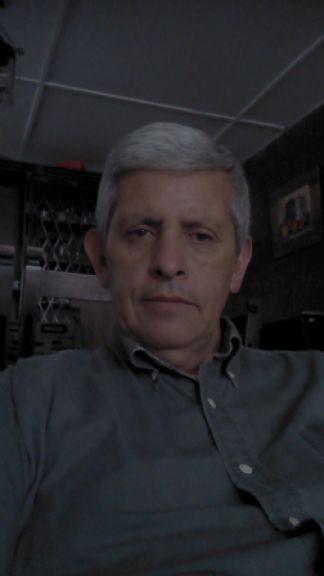 Mauro, Hombre de Bogotá buscando una cita ciegas