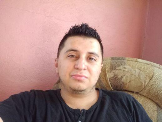Marvin, Chico de San José buscando pareja