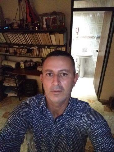 Freddy, Hombre de Armenia buscando conocer gente