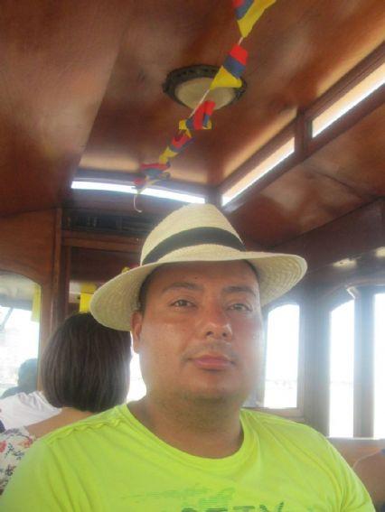 Wilmar david, Hombre de Bogotá buscando conocer gente