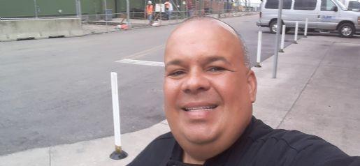 Carlos hernández , Hombre de Floral City buscando pareja