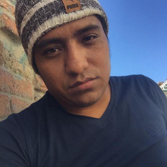 Javier, Chico de Cuenca buscando una cita ciegas
