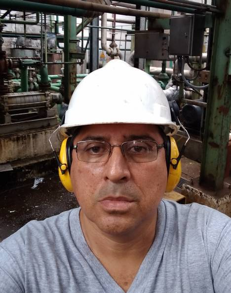 Jorge, Hombre de Guayaquil buscando amigos