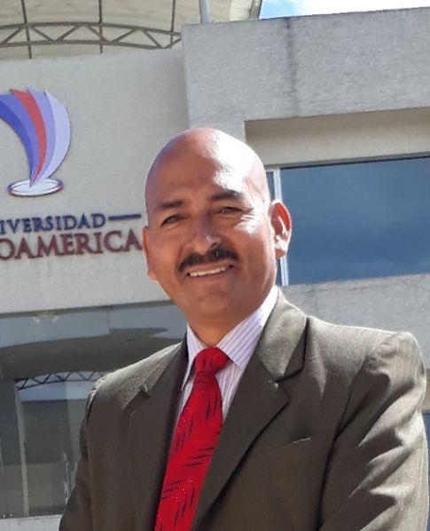 Luis, Hombre de Quito buscando amigos