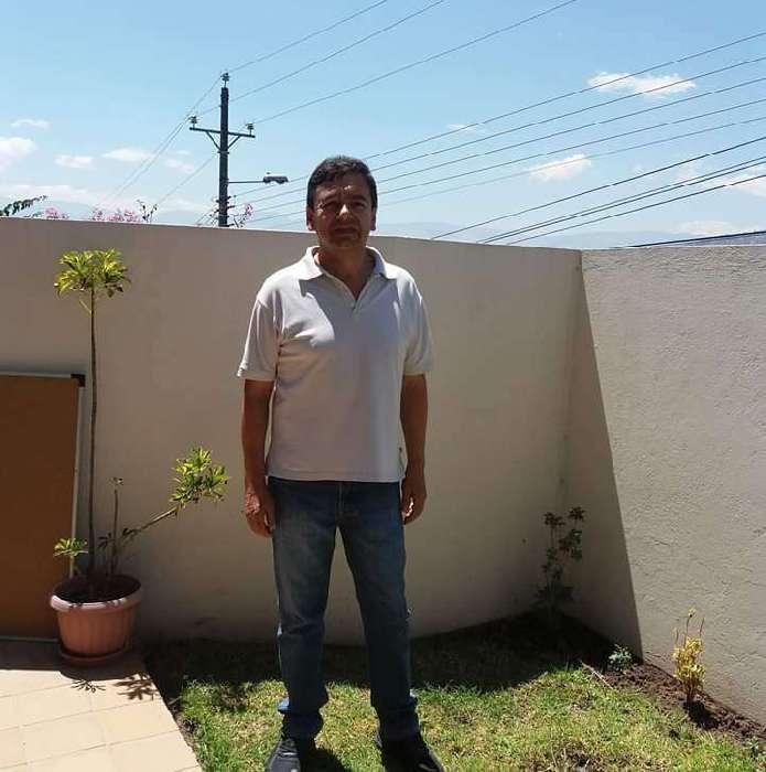 Francisco, Hombre de Quito buscando amigos