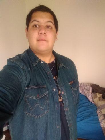 Agustin, Chico de Buenos Aires buscando conocer gente