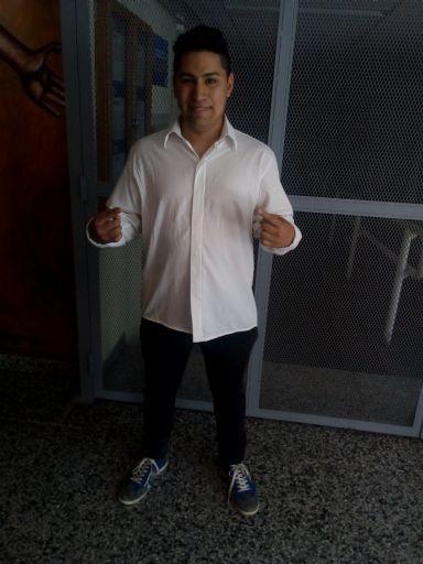 Diego julian, Chico de General Roca buscando pareja