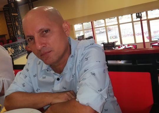 Michel, Hombre de Havana buscando conocer gente