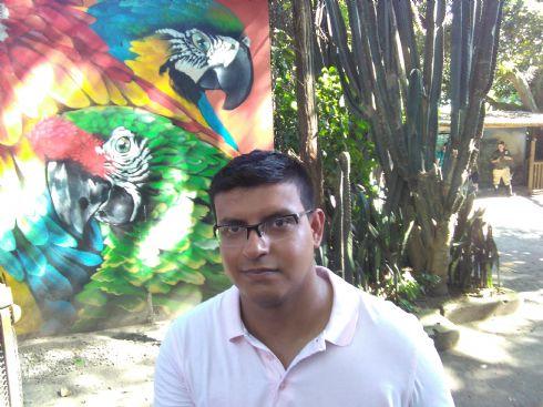 Cesar, Chico de Bucaramanga buscando amigos