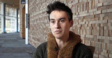 Jhon, Chico de Cusco buscando una cita ciegas