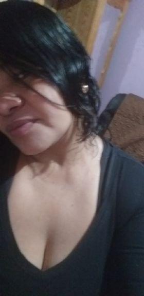 Fernando, Mujer de Guatemala buscando conocer gente
