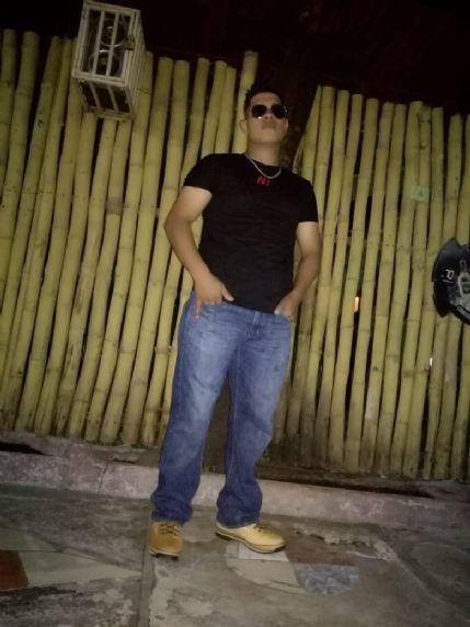 Isaac , Chico de Estelí buscando amigos