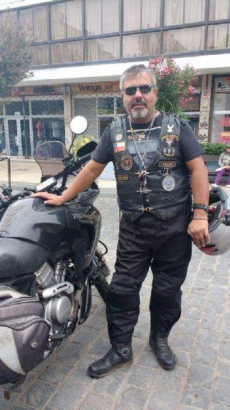 Italo, Hombre de Santiago buscando una cita ciegas