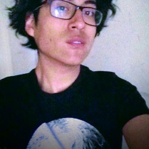 Renato, Chico de Arequipa buscando una cita ciegas