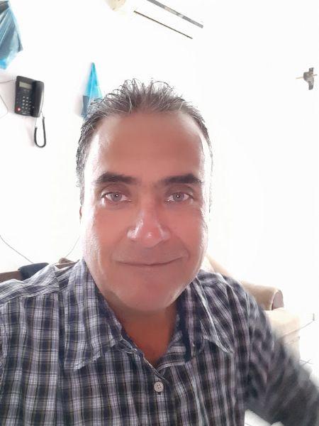 Pedro, Hombre de Manzanillo buscando una cita ciegas