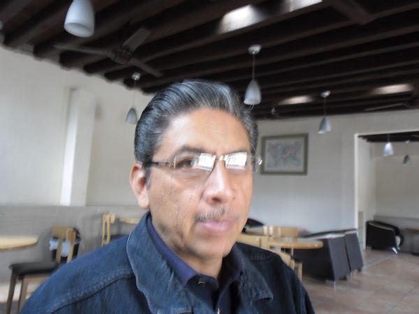 Enrique, Hombre de Oaxaca de Juárez buscando pareja