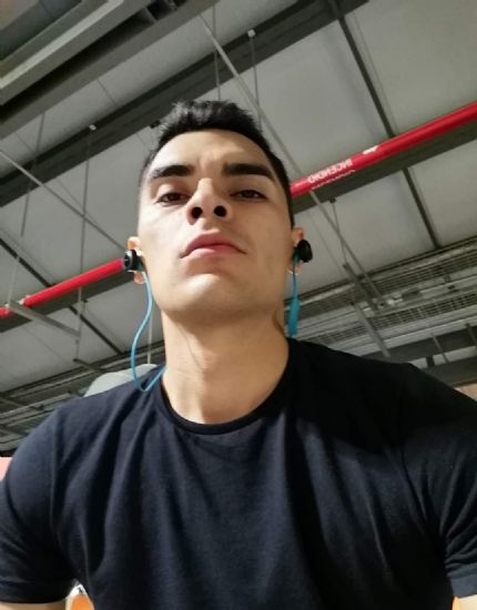 Ian, Hombre de Monterrey buscando una cita ciegas