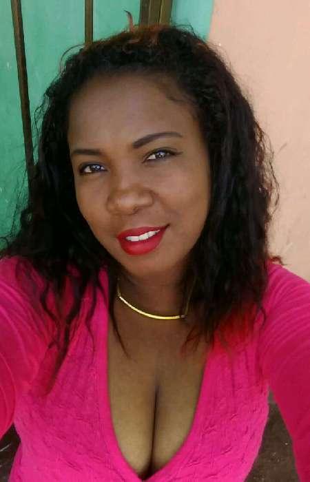 Solanyi, Mujer de Los Ángeles buscando pareja