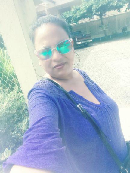 Elena, Mujer de Tegucigalpa buscando pareja