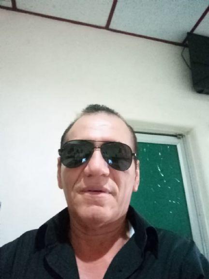 Miguel, Hombre de Guayaquil buscando amigos