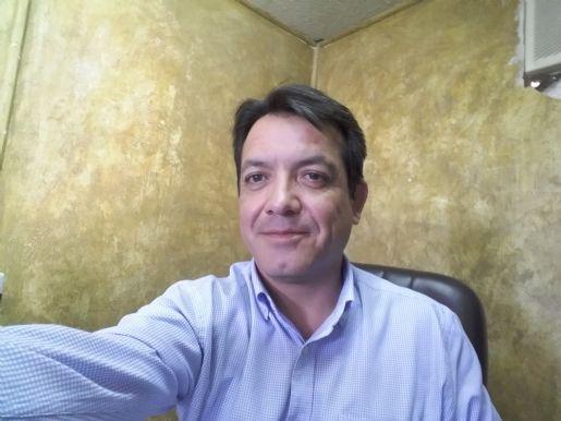 Rodrigo alarcon, Hombre de Santiago buscando pareja