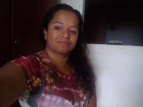 Sandra, Mujer de Marquetalia buscando amigos