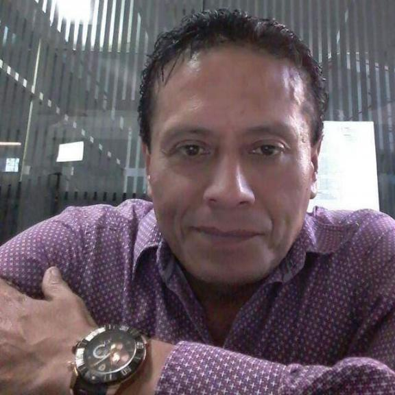 Jose luis, Hombre de San Pedro Tlaquepaque buscando conocer gente