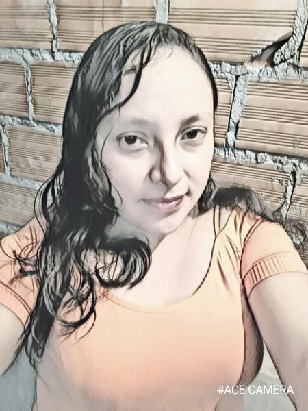 Ela, Mujer de La Paz buscando amigos