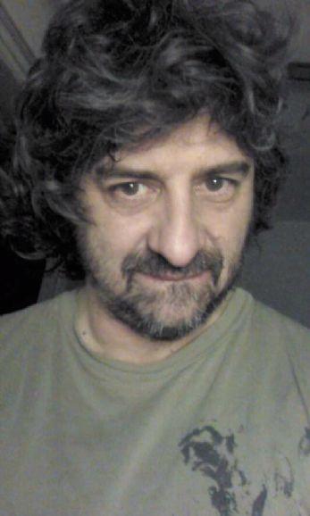Marco, Hombre de Buenos Aires buscando amigos